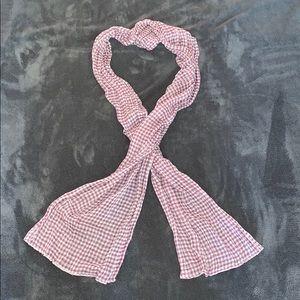 Lightweight dainty scarf! 💜